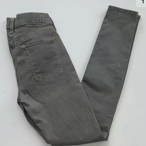 "7 for all Mankind ""The Skinny"" Size 28"